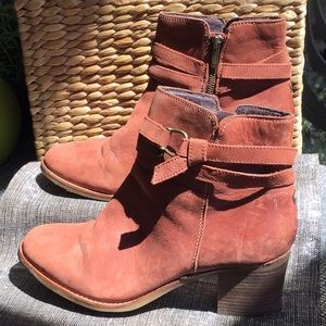 Sherry woman's size 12 rust leather boots.
